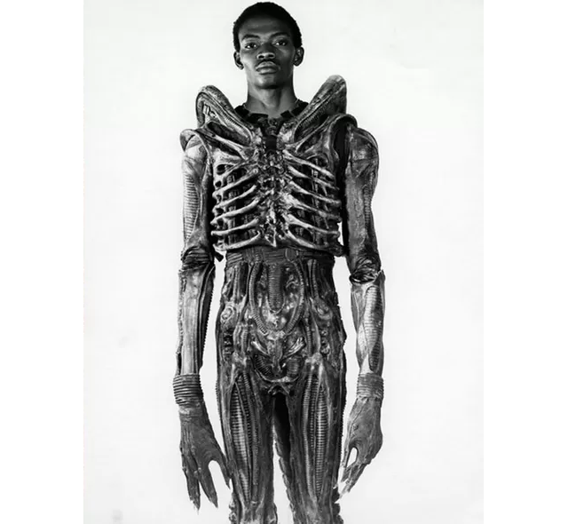 Nigerian actor Bolaji Badejo, inside the suit for the sci-fi movie Alien